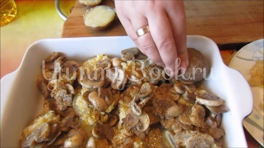 Картошка с грибами и чесноком в духовке (постный рецепт) - шаг 5