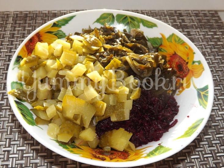 Салат со свеклой и морской капустой - шаг 2