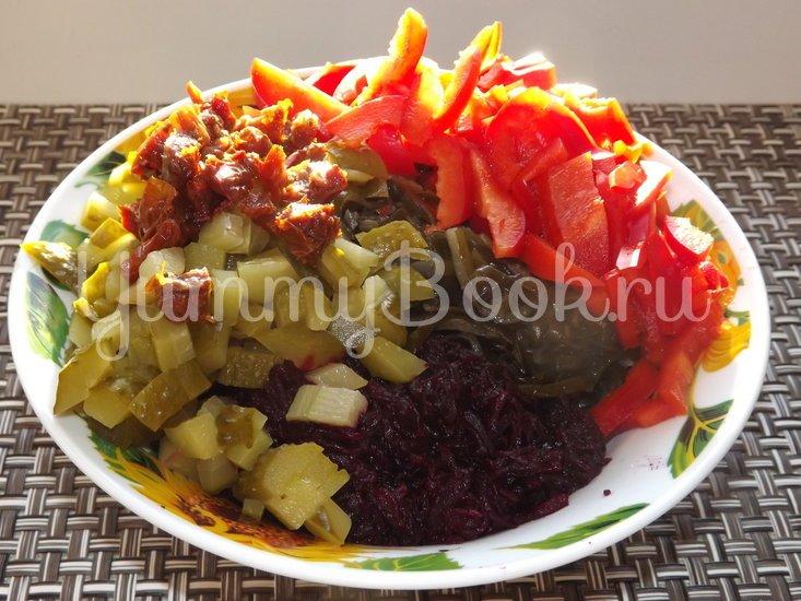 Салат со свеклой и морской капустой - шаг 4