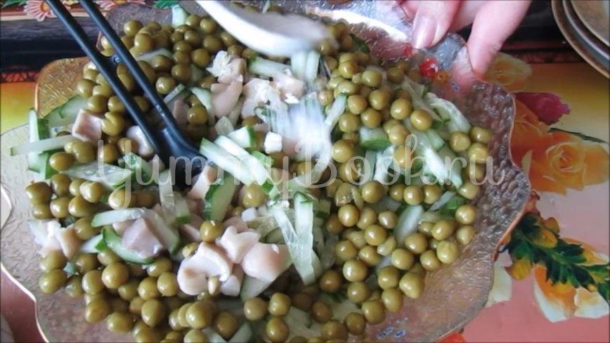 Постный салат с пекинской капустой и грибами - шаг 3