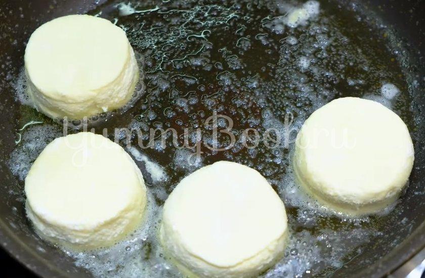 Сырники творожные - шаг 5