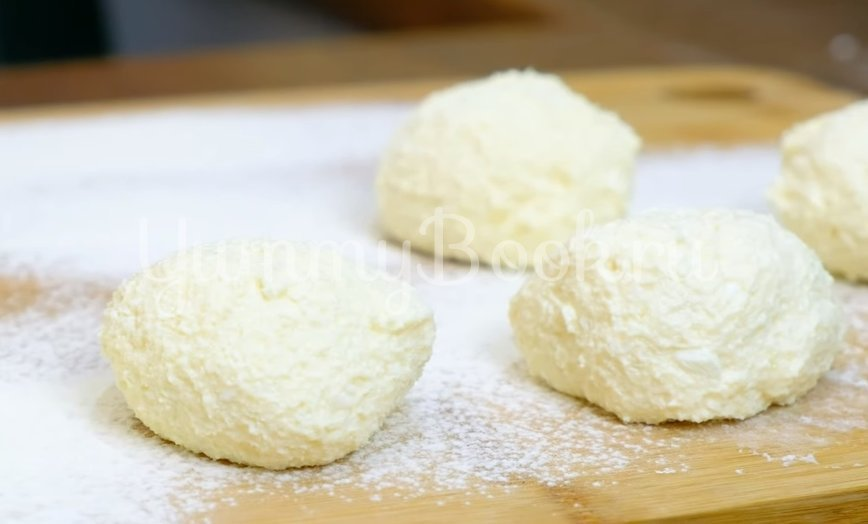 Сырники творожные - шаг 3
