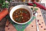 Суп с фасолью и копчёной курицей
