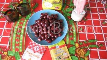 Постный тертый пирог с вишнями  - шаг 1