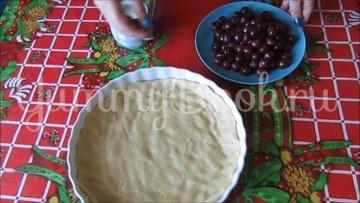 Постный тертый пирог с вишнями  - шаг 5