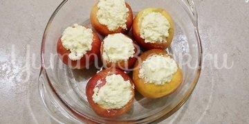 Запеченные яблоки с творогом в духовке - шаг 3
