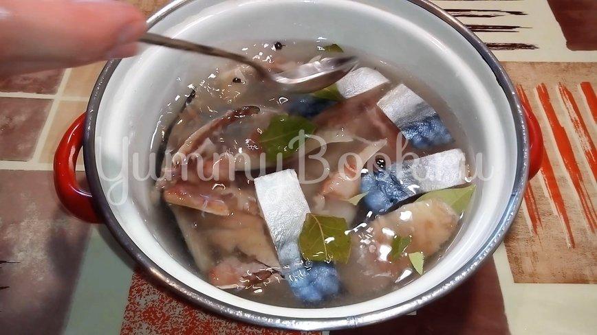 Как засолить скумбрию или селедку дома - шаг 2