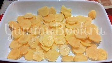 Картофель с рыбой в духовке - шаг 1