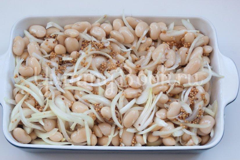 Белая фасоль с луком, запеченные в пиве - шаг 7