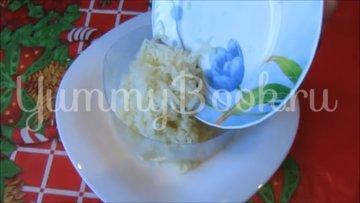Слоеный салат с консервированным тунцом - шаг 3