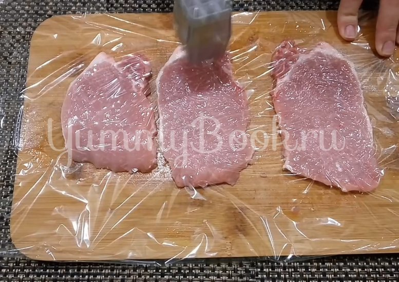 Сочное и мягкое мясо в духовке - шаг 1