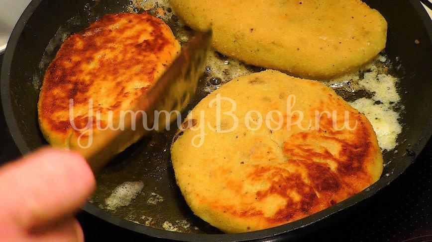 Картофельные зразы с мясом и грибами - шаг 10
