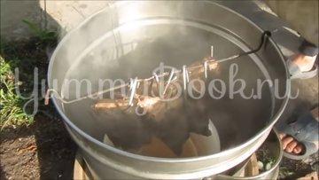 Свиные рёбрышки копчёные на мангале - шаг 5