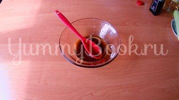 Малосольные кабачки с соевым соусом  - шаг 1