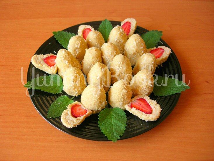 Печенье без выпечки со свежей клубникой - шаг 4