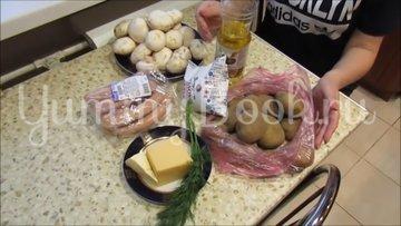 Картофельная запеканка с сосисками и грибами - шаг 1