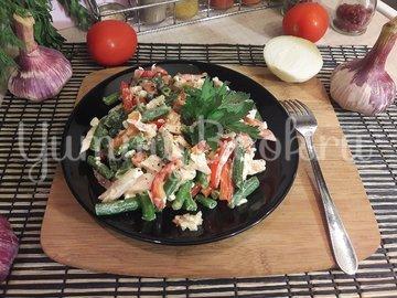Салат со стручковой фасолью и копчёной грудкой - шаг 6