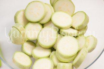 Кабачки с сыром запечённые в духовке - шаг 1