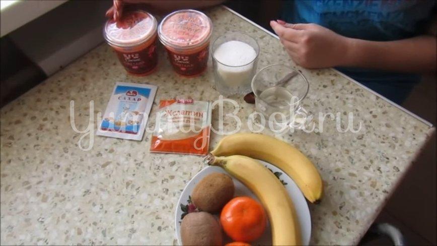 Сметанный десерт с фруктами  - шаг 1