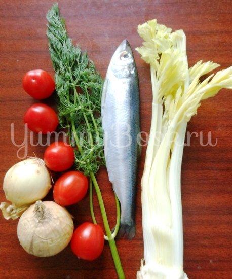 Салака, тушёная с овощами в фольге - шаг 1