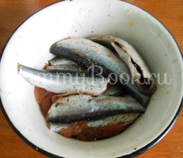 Салака, тушёная с овощами в фольге - шаг 3
