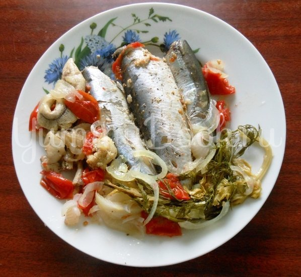 Салака, тушёная с овощами в фольге - шаг 10