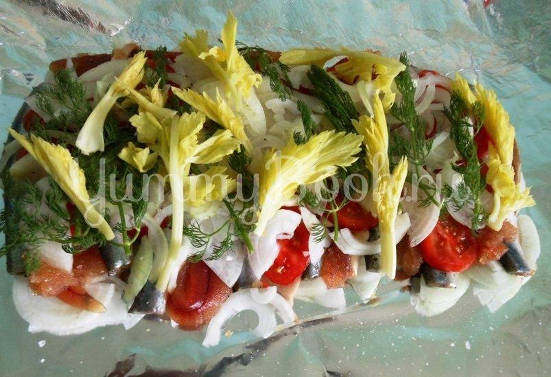 Салака, тушёная с овощами в фольге - шаг 7