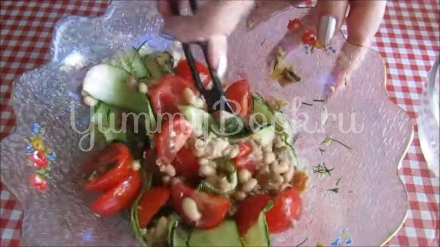 Салат с консервированным тунцом и овощами - шаг 4