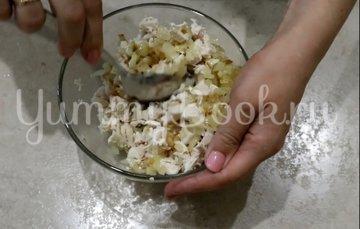 Кабачковые чебуреки с мясом - шаг 3