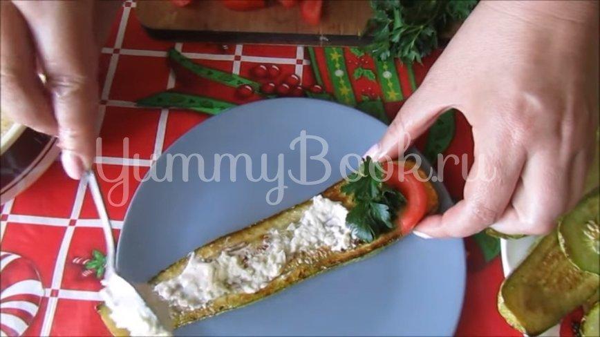 Рулетики из кабачков с плавленым сыром - шаг 5