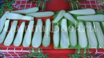 Рулетики из кабачков с плавленым сыром - шаг 2