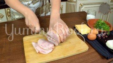 Слоеная Картофельная запеканка с ветчиной и сыром - шаг 3