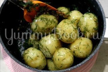 Молодой картофель с зажаркой и укропом - шаг 4