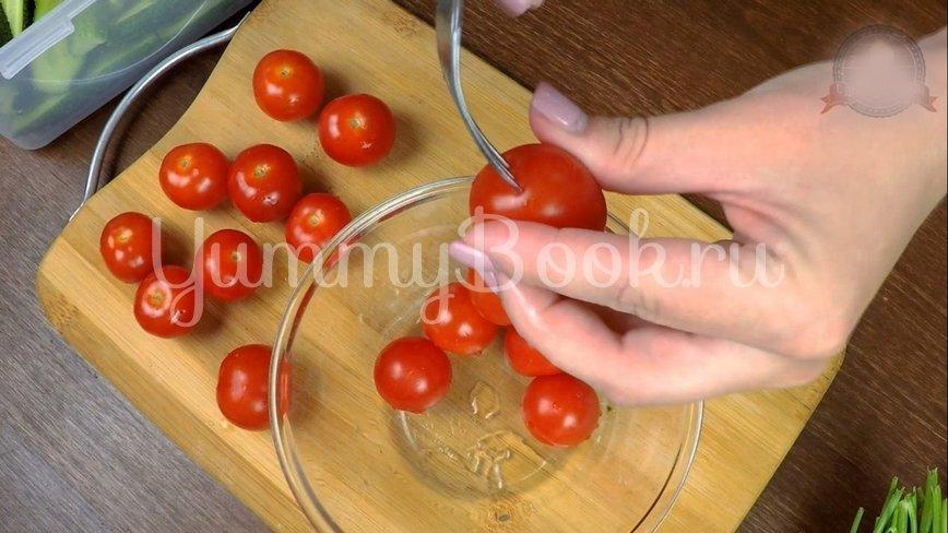 Малосольные огурцы и помидоры по-домашнему - шаг 3