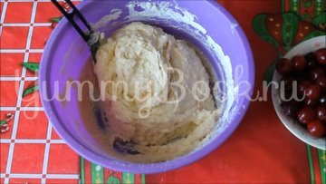 Домашнее печенье на сметане с вишней - шаг 4