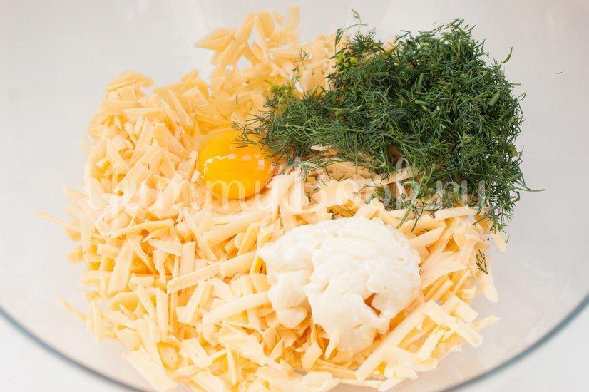 Лаваш с сыром на решётке для гриля - шаг 2