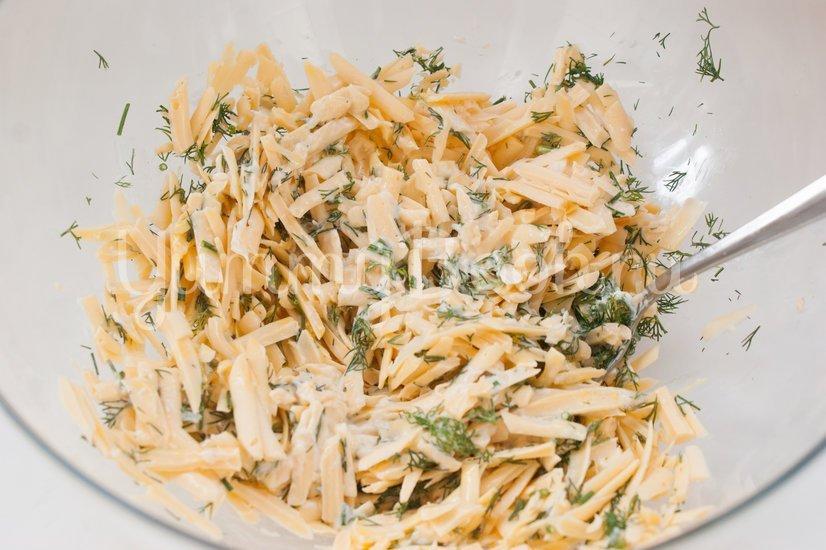 Лаваш с сыром на решётке для гриля - шаг 3