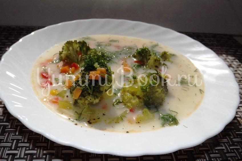 Уха из форели с овощами
