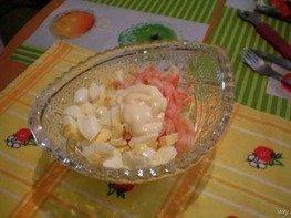 Салат из креветок с ананасами