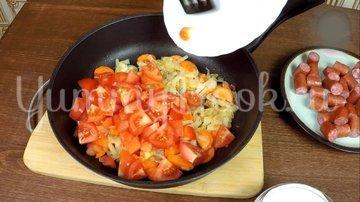 Охотничьи колбаски с картофелем в горшочках по-домашнему - шаг 9