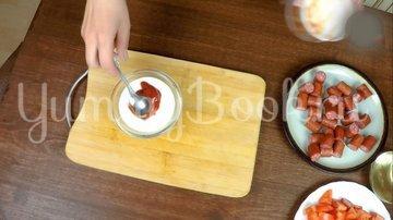Охотничьи колбаски с картофелем в горшочках по-домашнему - шаг 8