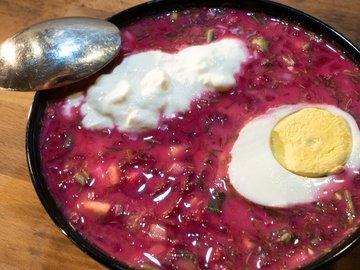 Холодный литовский борщ (шалтибарщай)