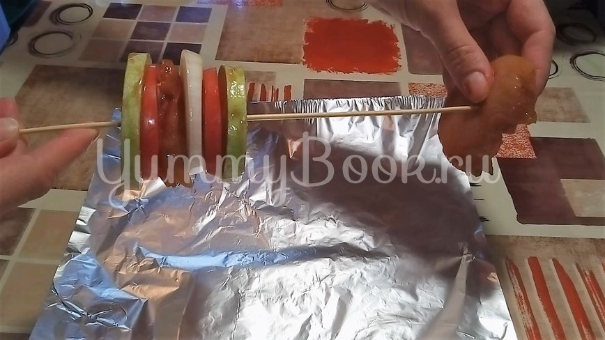Овощи запеченные с куриным филе в духовке - шаг 3