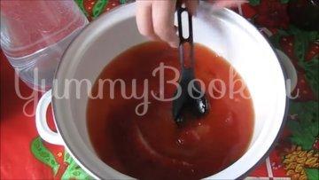 Консервированные кабачки с кетчупом чили - шаг 4