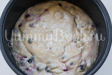 Пирог со смородиной в мультиварке - шаг 6