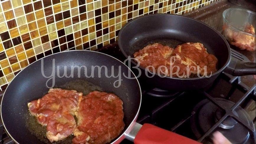 Отбивное мясо в соусе под пюре  - шаг 5