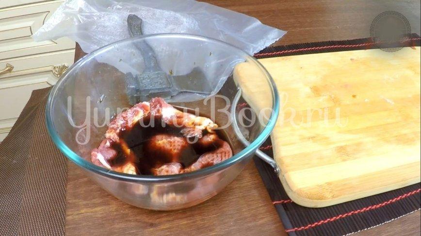 Отбивное мясо в соусе под пюре  - шаг 4