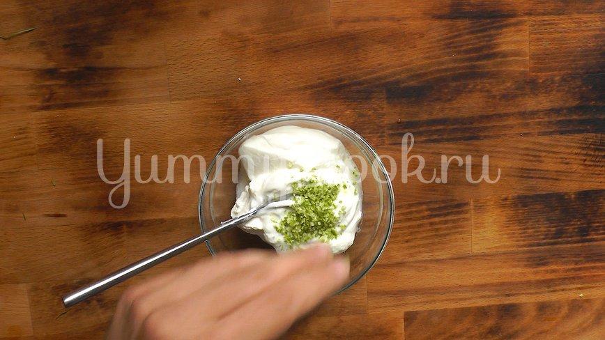 Картофельный салат с икрой - шаг 3
