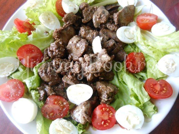 Тёплый салат из куриной печени и помидоров черри - шаг 9