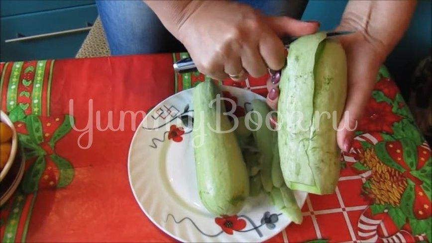 Кабачки с алычой «как ананасы»  - шаг 2